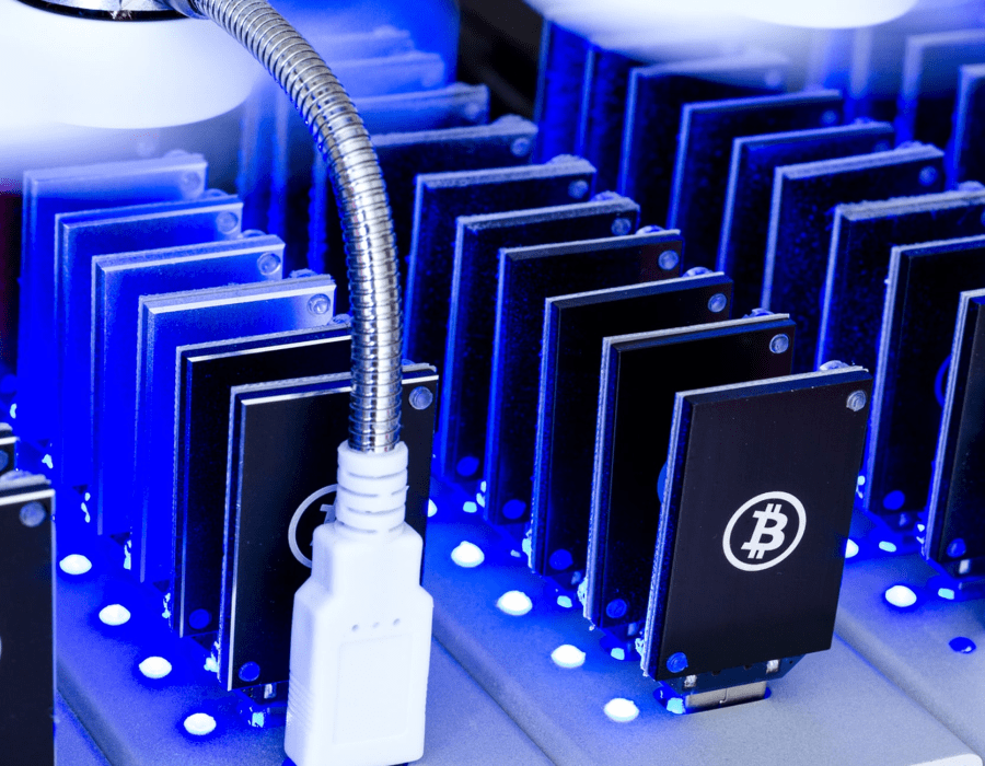 bitcoin mining rig 2021